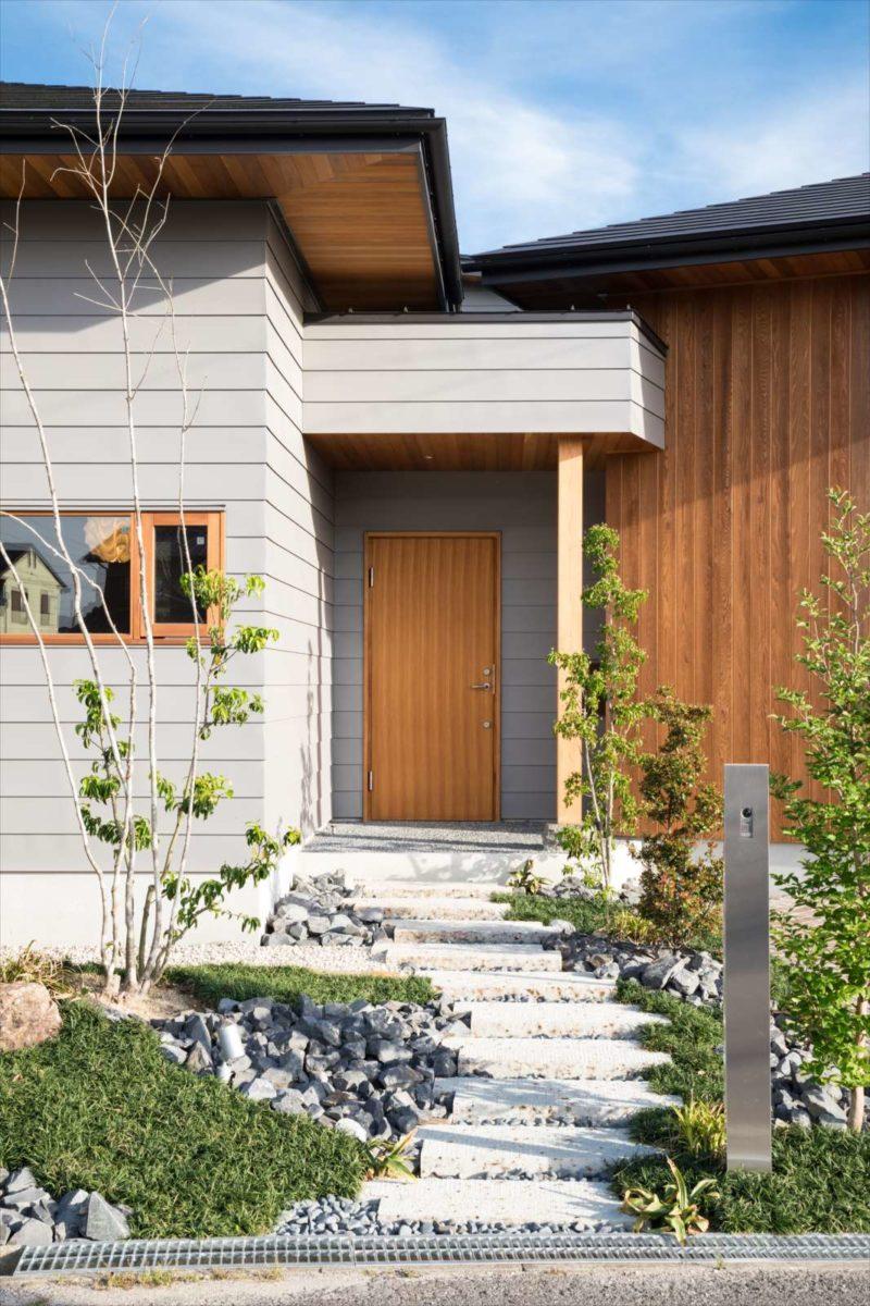 チャネル通信 第70回「3つの庭と4つの屋根がある家」